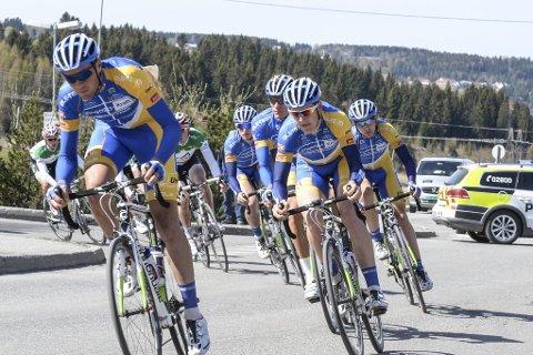 Selv om Team Ringeriks-Kraft har hovedfokus på landeveissykling, satser de høyt i helgens terrengritt fra Rena til Lillehammer.