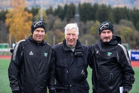 Lokalt preg er viktig: Lars Lafton, Sigbjørn Johnsen og Frode Lafton har mye av samme filosofi knyttet til drift av fotballklubb. Den tidligere finansministeren er leder i Brumunddal, i tillegg til å være Fylkesmann i Hedmark.