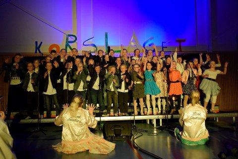 Hallingby skole Det store korslaget Fjerdeklasse med We go together fra Grease Koreografi