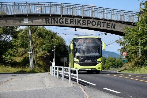 Bestillingstiden for drosje til buss på Sollihøgda har blitt kortere.