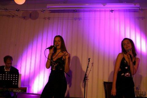 Håvard Mandt, Elisabeth Østvang Gundersen og Camilla Thorsen fremførte et variert repertoar i fengselet torsdag kveld.