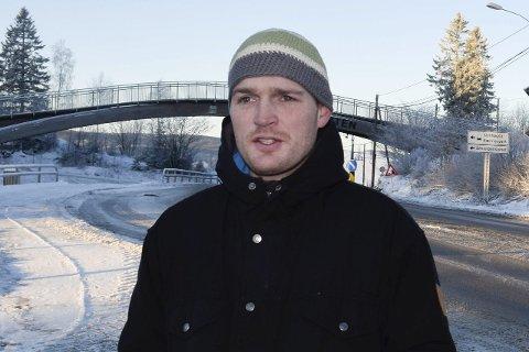 Niels Lassen ser det som utenkelig å sende barn fra Sollihøgda til Røyse.