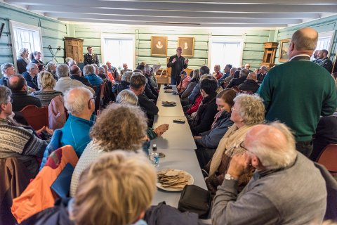 Konservator Preben Johannessen forteller om Anna Colbjørnsdatters innsats og hendelsene som fant sted i denne stua, Svenskestua.