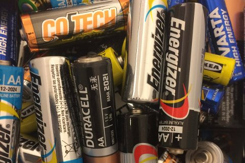 Batteriene vi bruker skal aller helst gjenvinnes.
