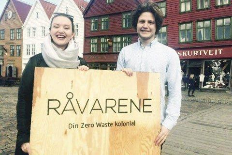 UTEN EMBALLASJE: Anders L. Hurum og Linn Andrea Vik vil starte «Råvarene - Din Zero Waste kolonial». LESERFOTO