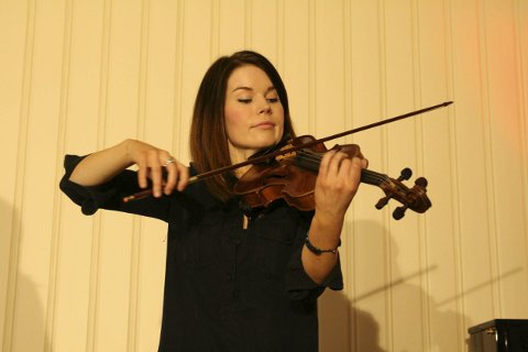 Madeleine Ossum.
