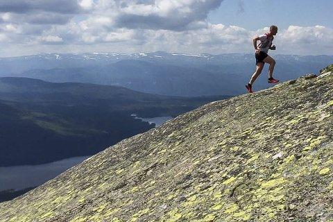 - Overlater vi noen få kvadratmeter norsk land til våre finske naboer, vil de få en ordentlig topp som landets høyeste punkt, sier Bjørn Geirr Harsson. Illustrasjonsfoto: Tommy Støa
