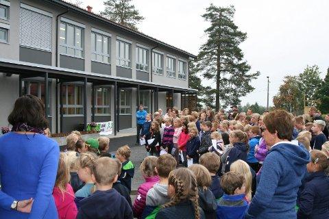 Åpningen av Sokna skole.