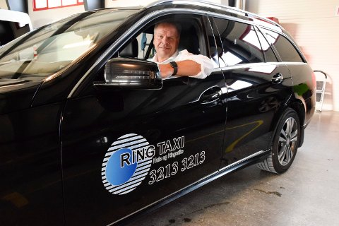 Runar Granstad er daglig leder i Ring Taxi, som har lokaler på Kilemoen. Fra april vil all pasientkjøring i hallingdalen skje gjennom Hønefoss-firmaet.