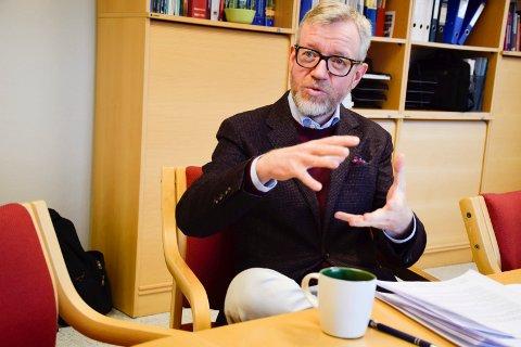 Rådmann i Hole, Torger Ødegaard, legger fram sitt første budsjettforslag. Han mener at det har flere satsinger, samtidig som det er stramt for tjenesteområdene.