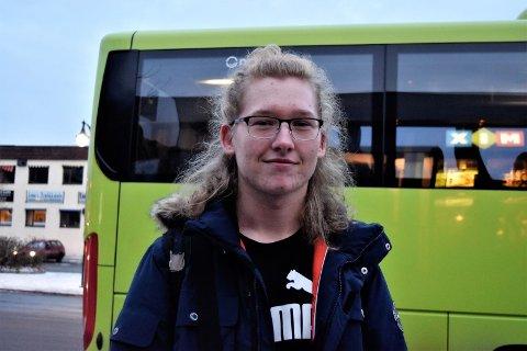 MEDARRANGØR: Sivert Aarflot (18) er med på å arrangere og tenker temaene som skal diskuteres på konferansen er veldig relevante for ungdom.
