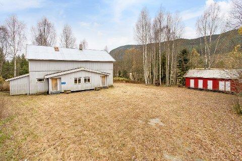 TIL SALGS: Ringerike kommune selger grendehuset på Ringmoen. Stedet har en historie helt tilbake til 1880-tallet.