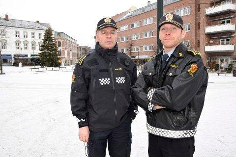 Politioverbetjent Knut Nyhus og politiadvokat Per Thomas Omholt vil at folk skal føle seg trygge i Hønefoss sentrum.