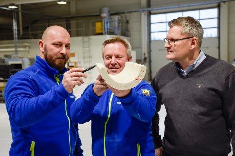 UTVIKLINGSMODUS: Peter Kopor (fra venstre), Frode Østby og Finn Erik Solvang i Glassolite precast AS på Eggemoen. Bildet ble tatt ved en tidligere anledning.