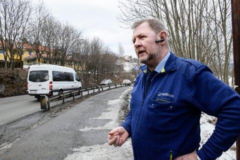 Kritisk: Tillitsvalgt Runolv Sollien i Nettbuss mener det vil skje en dødsulykke her, hvis ikke noe blir gjort.