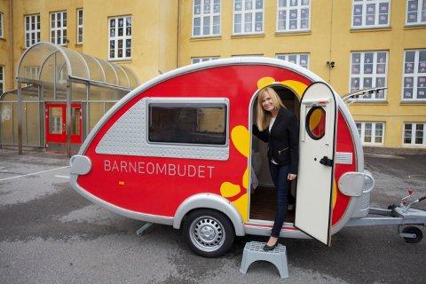 TURNE: Barneombud Anne Lindboe er på turné. Tirsdag kommer hun til Hønefoss.