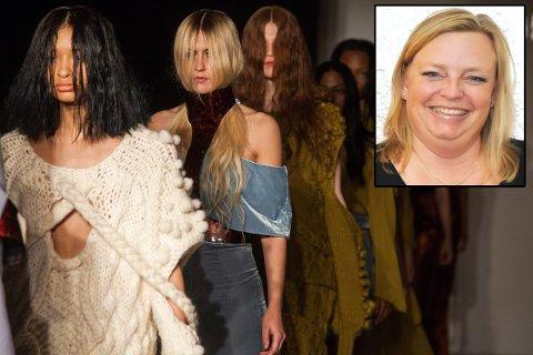 Tre av plaggene som ble vist fra Christina Andresen kolleksjon under New York Fashion Week i februar, er strikket av Gry Johannessen fra Hole.