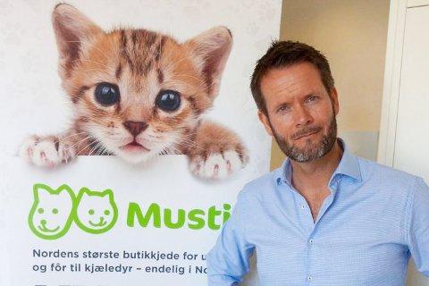 STOR SØKNADSBUNKE: - Man bør ha et engasjement og en lidenskap for dyr som er litt utenom det vanlige, sier administrerende direktør i Musti Norge, Erik Skjærstad.