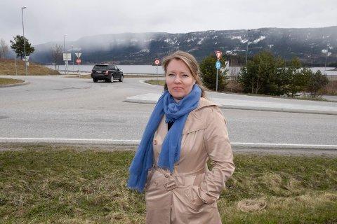 EVENTYR: Kommunalsjef Nina Josefine Halsne vokste opp med eventyr i Hole. Nå blir hun kastet inn i planleggingen av Ringeriksbanen og ny E16.