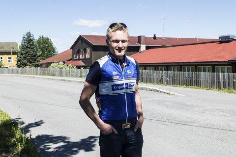 IKKE NOK FRIVILLIGE: Rittleder Paal Engebretsen i Ringerike sykkelklubb erkjenner at det er vanskelig å arrangere sykkelritt. Det blir intet Ringerike Petit Prix i år.