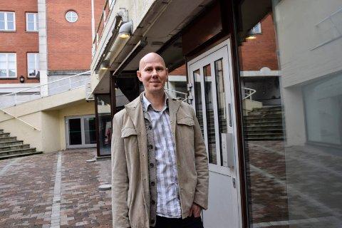 ÅPNER: Fredag åpner Hans Christian Svensrud og Lloyds dørene for første gang på lenge.
