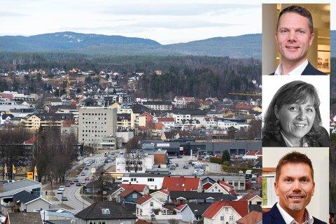 FORTSATT VEKST: Eiendomsmeglerne Thomas Rustad, Randi Braathen Ødegaard og Cato Fegri tror de lokale boligprisene vil fortsette å stige i 2018.
