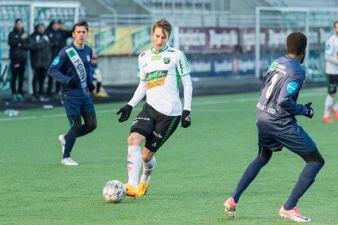 FORTSETTER: Tor Øyvind Hovda har undertegnet HBKs viktigste signering så langt før 2019-sesongen.