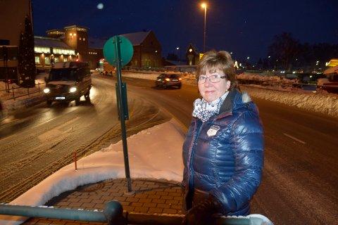 Inger Kammerud (H) er opptatt av veiløsninger for Hønefoss.