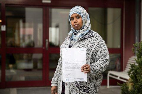 IKKE SVAR: Layla Raho Mohammed (47) får ikke engang svar når hun søker om praksisplass.