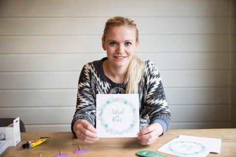 RESTEBRYLLUP: Astrid Dalevold (30) inviterer 80 gjester til bryllupsmiddag på restemat når hun og Roar Simon (32) skal gifte seg lørdag på Gjesvold går i Hole.