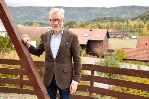 LEKEAPPARATER: Rådmann Torger Ødegaard vil blant annet fornye kommunale lekeapparater neste år.