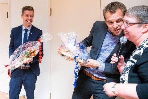 FOSSUM OG HAREIDE: KrF-leder Knut Arild Hareide (t.v.) og nestleder Kjell Ingolf Ropstad takkes av fylkesleder Hege Irene Fossum under det utvidede fylkesstyremøtet i Buskerud KrF på Sole hotell ved Norefjell mandag.