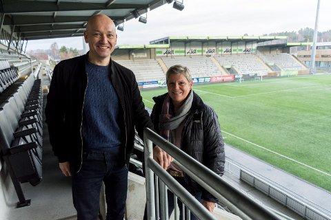 PÅ TRENERJAKT: Runar Vinjevoll og Cecilie Øyen jobber så å si døgnet rundt med å få på plass ny HBK-trener.