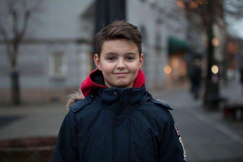 POSITIV: – Jeg vil bruke appen på en positive måte, sier Andrija Majic (13).