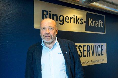 STRØM: Noe av det viktigste vi har i en krisetid er tilgang på strøm. Konsernsjef Ole Sunnset forsikrer at beredskapen er god.