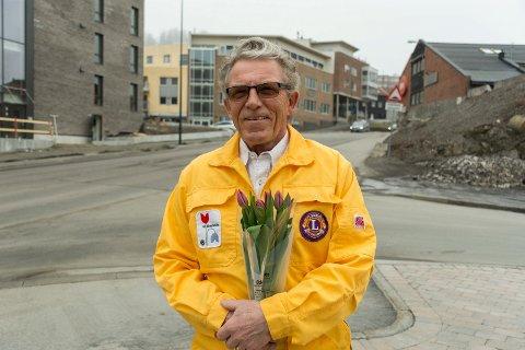Ola Eiklid Hølen og ni Lions-klubber i distriktet er klare for ny tulipanaksjon.