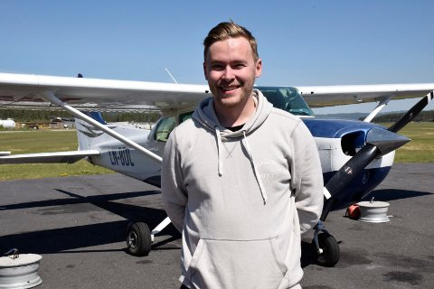 Patrick Mejlænder-Andersen flyr skogbrannflyet.