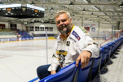 TAR OVER STYRINGEN: Bård Stevnebø er ny daglig leder i Ringerike ishockeyklubb.