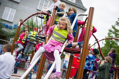 FREMTIDEN: - Vi vil skape en by der man finner grunn til å bli en stund, sier Marianne Wethal. Dtte bildet er fra lekeparken på Søndre torg.