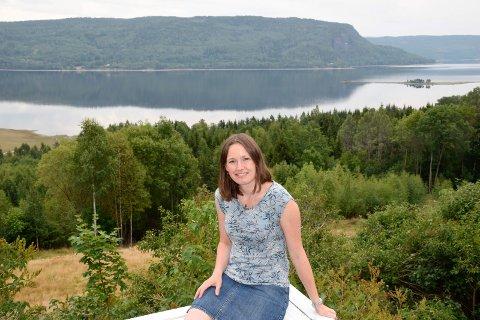 FAVORITT: Bente Elsrud Anfinnsen, Ringerike kommunes nye klima- og miljøsjef, har en favorittbadeplass i Sperillen.