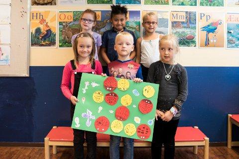 Kirkeskolen: På Kirkeskolen går det bare seks elever i første klasse, så da fremheves like godt alle.