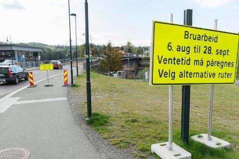 UTSETTELSE: Brua skulle være klar til normal bruk 28. september, men slik blir det ikke.