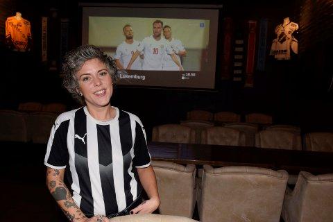 MODIG: Angelica Lundegård (33) forlot en trygg og fast jobb for å bli daglig leder i nystartede Sport'n et & drekk.