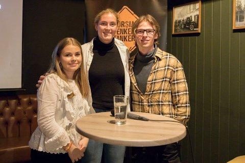 SAMARBEID: - Det er viktig at ungdom har noen politikere som vil høre på dem,  sier Thea Våreid Sørensen, AP, Benedicte Heieren Hundhammer, Høyre og Erlend Kåsereff, SV.