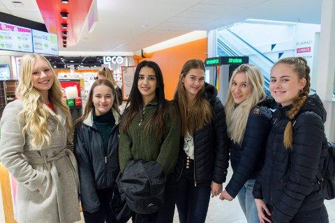 VIL SAVNE BUTIKKEN: Loco blir historie, og disse jentene kommer til å savne butikken - selv om de klarer seg fint ved hjelp av en av konkurrentene. Fra venstre: Oda Strømmen Holte, Tuva Bråthen, Talin Nakla, Tuva Gilhuus, Malin Gjersøe og Dorthea Ødegård.