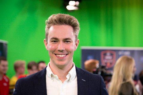 LOKAL PROGRAMLEDER: Eirik Fure (28) får utviklet seg som programleder i Discovery, en jobb han har hatt siden april i år.