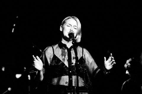 AYKO/NIKOLINE: Onsdag 6. november kan du høre Nikoline R. Christensen, også kjent som AYKO, synge i Fengselet.