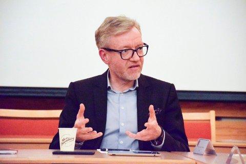 Korona: Rådmann Torger Ødegaard berømmer de ansatte.