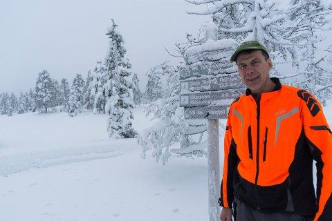 BYR PÅ PERFEKTE FORHOLD: Paal Anders Strande kan by på fantastiske skiforhold ved Tosseviksetra.