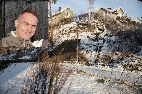EVAKUERT: To hus i Westheimsgate er evakueret etter at det gikk ras tirsdag kveld. - Det er en eldgammel vannledning som har røket, sier Ole Aalde Nyhagen som måtte flytte ut av sitt hjem.